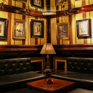 Interior Sir Winston Churchill Pub